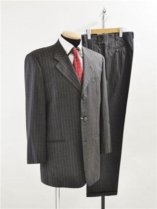 ロロピアーナのスーツをお買取