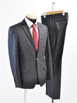 カルバンクラインのスーツをお買取