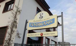 Der Eingang der Kelterei POSSMANN
