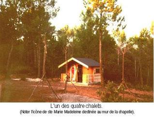 premier ermitage des moines en 1982. Monastère Saint Michel du Var