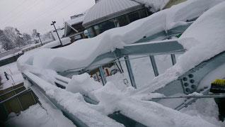 鉄骨屋根 雪下ろし