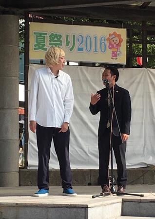 名古屋お笑い芸人 ファニーチャップ サンタウン夏祭りで漫才