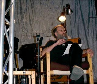 Gründer und Leiter Michael Brischke bei der Moderation...