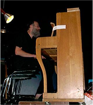 ... und am Klavier