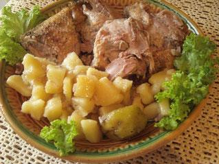 утка в духовке с картошкой