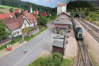 Buchenhüll und sein Bahnhof