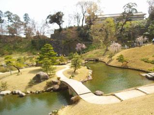金沢城の三十間長屋も見えるようになった玉泉院丸庭園
