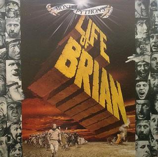 """Nicht nur der Humor der Monty Python-Truppe ist ein Hit. Die Briten bieten auch was für die Augen. Das LP-Cover zeigt das Filmplakat des heutigen Komödien-Klassikers """"Life Of Brian"""". Das Album enthält selbstverständlich """"Look On The Bright Side Of Life"""""""