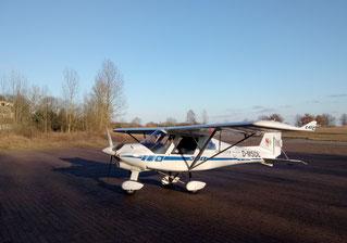 Die C42 nach einem winterlichen Flug vor der Halle