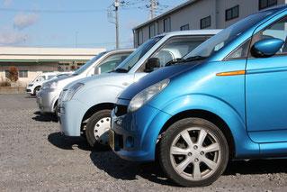 車検・整備、事故修理などの際には、お車を数日間お預かりすることになりますので、お客様の足となる代車を無料でご提供いたします。様々な車種の代車を40台用意いたしました。お客様のライフスタイルに合わせた代車をお選びください。