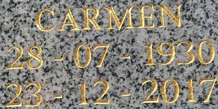 plaque personnalisée, gravure au ciseau, lettres or, article funéraire, PFG, ROC ECLERC, ALLIANCE FUNERAIRE