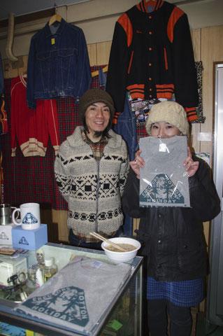 「イレクターズ」の大前店長(左)。小誌「私が愛する野外道具」を執筆いただいてます