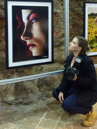 Caina Cadie mit Ihrem Bild