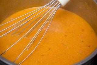 Pangasius Pangasiusfilet Fisch an roter Sauce Rezept