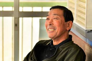 800勝達成時、笑顔でインタビューに答える森山英雄調教師