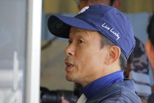 参加者の質問に答える東川公則騎手
