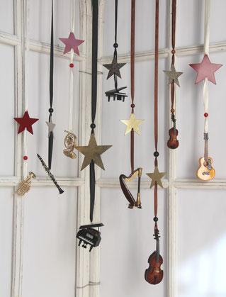 Mini-Flügel, Klavier, Piano, Miniklavier, Dekoklavier, Mini-Piano, Dekoflügel, Deko Konzertflügel, Miniaturflügel, Deko Musikinstrumente, Miniatur-Musikinstrumente, Miniaturen, Bastelartikel, Krippenzubehör, Weihnachtsbaumschmuck