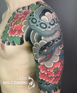 Lars Wilczinski, Tattookünstler, Tattoo-Atelier Berlin, Tattookunst, Japanische Tattoos, Japanese Tattoo, Japantattoo Motiv, Hebi, Schlange