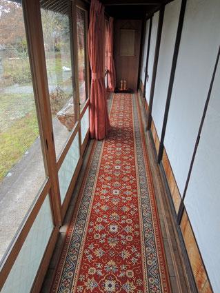 古民家民宿千屋アウトドアハウスの冬の廊下