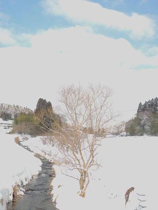 雪景色の川