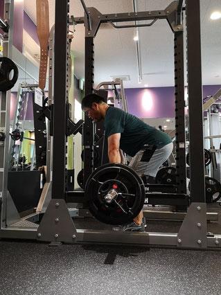 寺田選手はデッドリフト120kgを挙げるそうです。