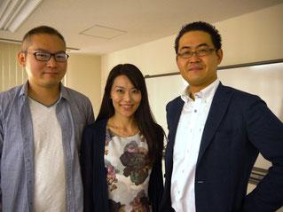 左から、小山力大さん・菅原久美子さん・原田塾長