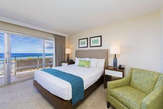 ホテルの様な、海を見渡せる寝室