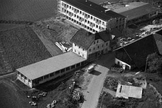1963 MARKO-Schuhfabrik und Volksschule