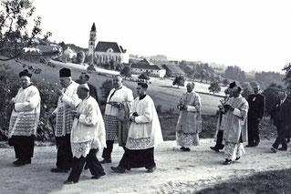 1955 Empfang durch den Kirchenchor