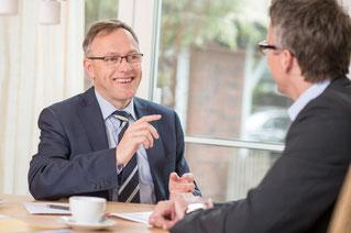Jörg Tiedemann, Unternehmensberater