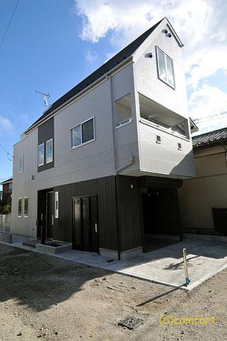川崎区 オーダー住宅 バイクガレージ付き 外観