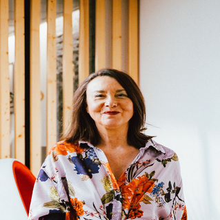 Anita THOMAS Réflexologue spécialisée en LUXOPUNCTURE & Diên Chân