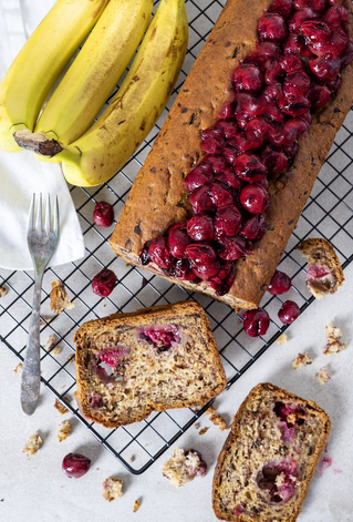 Bananabread, banana cake, cherries, bananas, cake