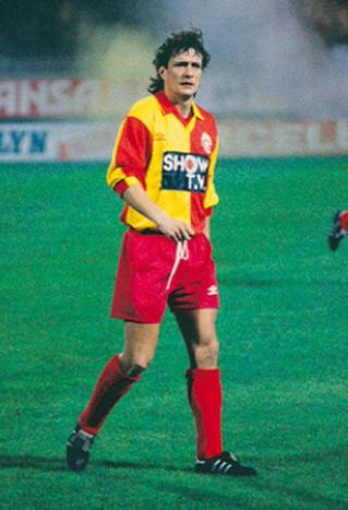 Sous le maillot de Galatasaray lors de la saison 92-93.