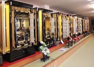 内装1:仏壇の山下屋