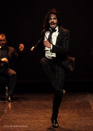 Flamencotänzer Farruquito (Juan Manuel Fernández Montoya ) 2016 im tanzhaus nrw / Color-Foto by Boris de Bonn