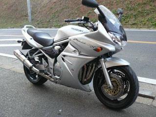 自転車の 福岡市 自転車 カスタム : スズキ Bandit1200S カスタム