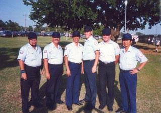 Nella foto il secondo da sinistra è Michele Dodde