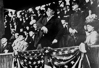 "Il famoso ""primo lancio"" del 27° Presidente William Howard Taft (7 maggio del 1910)"