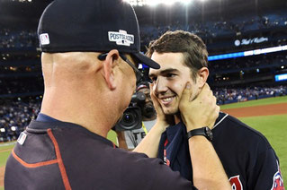 Terry Francona si congratula con Ryan Merritt il rookie alla seconda apparizione da partente in MLB (THE CANADIAN PRESS/Frank Gunn)
