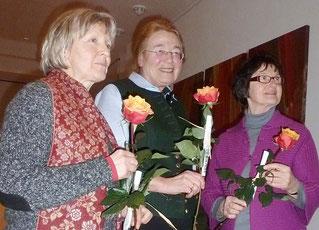 Ilse Faltermeier (Mitte) mit Gerlinde Rösch und Rita Weber