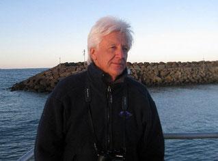 Rob Candy watecolourist at Apollo Bay