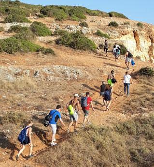 Spirituelle Wanderung als Gruppe, Algarve