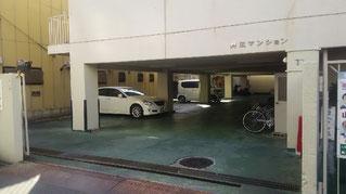 院外駐車場