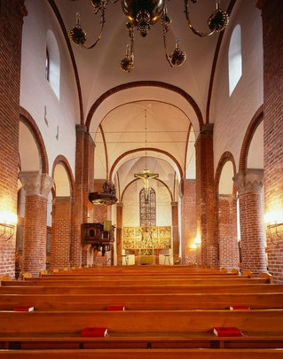 Innenansicht nach Osten in der St. Marien-Kirche in Bad Segeberg (Schleswig-Holstein)