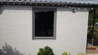 PVC Wand- und Deckenpaneele in weiß oder grau