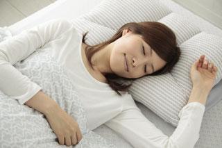 良い眠りには、枕とマットレスのバランスが重要です / スリープキューブ和多屋