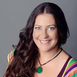 Porträit von Steffi Munz, Facilitator für das wheel of Consent, Konsens Rad, workshop Leiterin