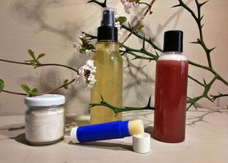 Deodorant, Duschshampoo, Lippenflege, Zahnpflege