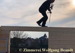 Blockhaus bauen - Inspektion - Begehung - Begutachtung - Hauskauf - Blockhausbauen - Hausbau